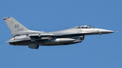 88-0521 - Lockheed Martin F-16CG Fighting Falcon - United States - US Air Force (USAF)