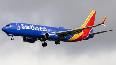 N8323C - Boeing 737-8H4 - Southwest Airlines