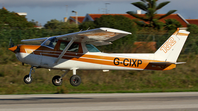 G-CIXP - Cessna 152 - Private