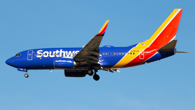 N7842A - Boeing 737-73V - Southwest Airlines