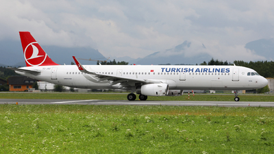 A picture of TCJSZ - Airbus A321231 - Turkish Airlines - © Karl Dittlbacher