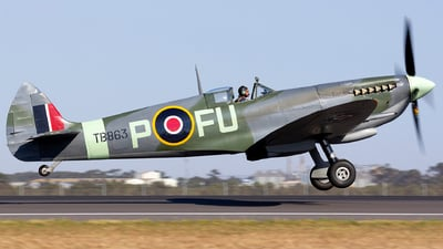 VH-XVI - Supermarine Spitfire Mk.XVI - Private