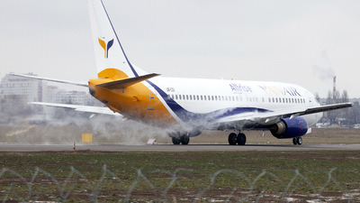 UR-COI - Boeing 737-4B7 - YanAir