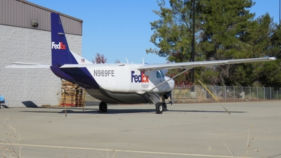 N969FE - Cessna 208B Super Cargomaster - FedEx Feeder (West Air)