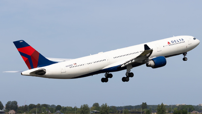 N820NW - Airbus A330-323 - Delta Air Lines