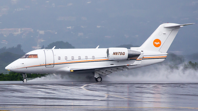 N97SG - Bombardier CL-600-2B16 Challenger 601 - Private