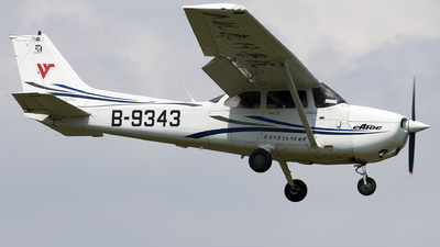 B-9343 - Cessna 172R Skyhawk - Civil Aviation Flight University of China
