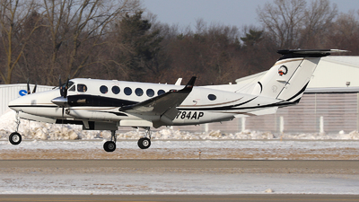 N784AP - Beechcraft B300 King Air 350i - Private