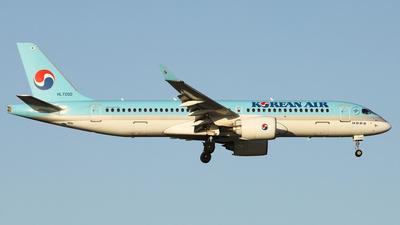 A picture of HL7200 - Airbus A220300 - Korean Air - © REDSOX