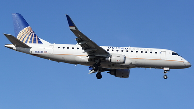 A picture of N88335 - Embraer E175LR - United Airlines - © Yari Strban