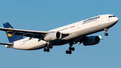 A picture of DAIKM - Airbus A330343 - Lufthansa - © Andre M.