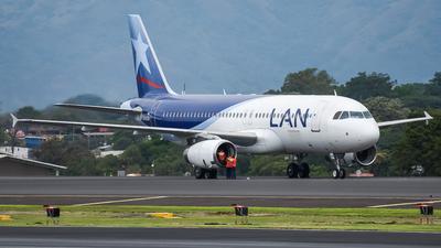 LV-BTM - Airbus A320-233 - LAN Argentina