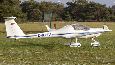 D-KEIV - Diamond HK-36TC Super Dimona - Private