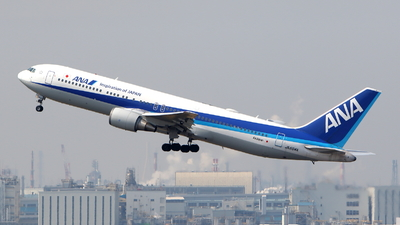 A picture of JA604A - Boeing 767381(ER) - All Nippon Airways - © kouyagi