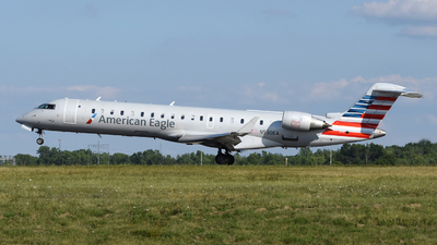 A picture of N530EA - Mitsubishi CRJ702ER - American Airlines - © DJ Reed - OPShots Photo Team
