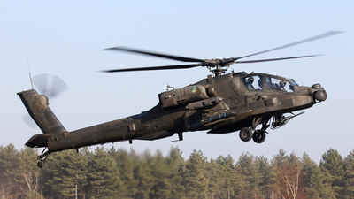 Q-25 - Boeing AH-64D Apache - Netherlands - Royal Air Force