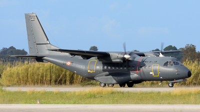 128 - CASA CN-235M-200 - France - Air Force