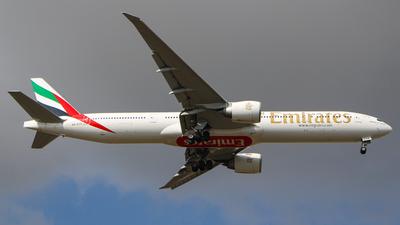 A6-ECH - Boeing 777-31HER - Emirates