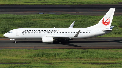 JA326J - Boeing 737-846 - Japan Airlines (JAL)