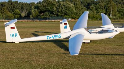 A picture of D4595 - GlaserDirks DG300 ELAN - [3 E 216] - © Mario Trusch