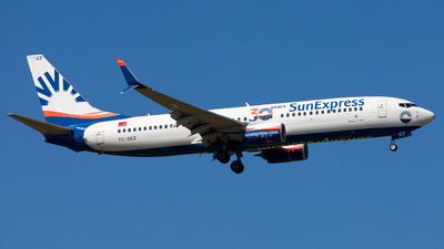 A picture of TCSEZ - Boeing 7378HC - SunExpress - © Chr Pe