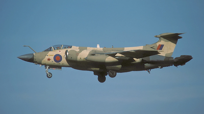 XV352 - Blackburn Buccaneer S.2B - United Kingdom - Royal Air Force (RAF)
