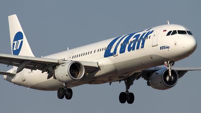 VP-BPO - Airbus A321-211 - UTair Aviation
