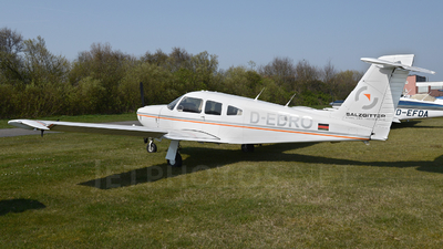 A picture of DEDRO - Piper PA28RT201 Arrow 4 - [28R8118021] - © Mirko Bleuer