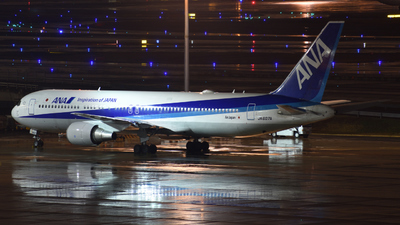 A picture of JA607A - Boeing 767381(ER) - All Nippon Airways - © KUWA
