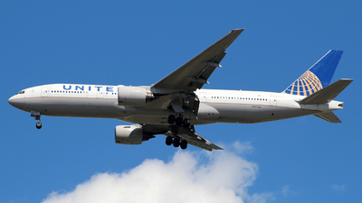 A picture of N777UA - Boeing 777222 - United Airlines - © wangruoyao