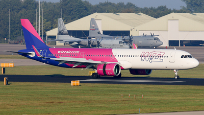 A picture of HALVL - Airbus A321271NX - Wizz Air - © BaszB