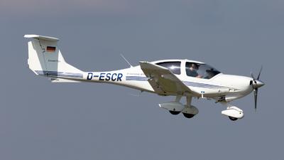 D-ESCR - Diamond DA-40D Diamond Star - RAF - Rent A Flight