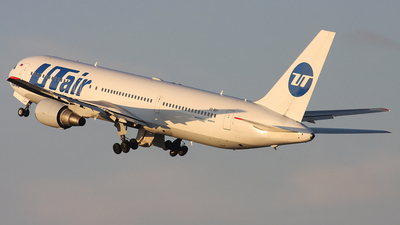 VQ-BSY - Boeing 767-306(ER) - UTair Aviation