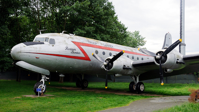 44-9063 - Douglas C-54E Skymaster - United States - US Air Force (USAF)