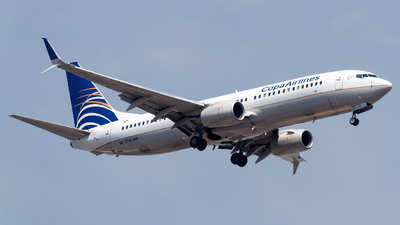A picture of HP1719CMP - Boeing 7378V3 - Copa Airlines - © Roberto Tirado