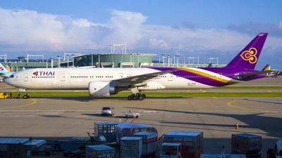 HS-TKW - Boeing 777-3D7(ER) - Thai Airways International