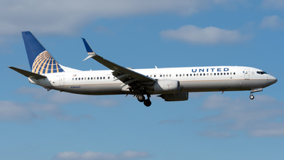 A picture of N38467 - Boeing 737924(ER) - United Airlines - © Kerrigan_Aviation_NJ