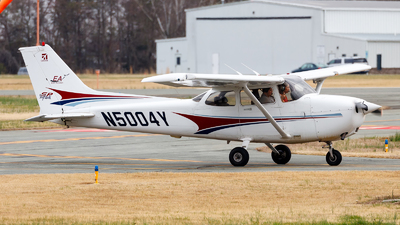 N5004Y - Cessna 172S Skyhawk SP - Elon Aviation