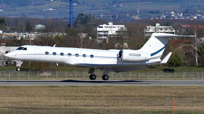 N550DR - Gulfstream G550 - Private