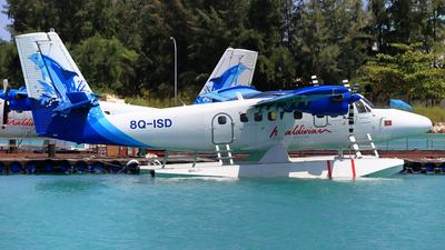 8Q-ISD - De Havilland Canada DHC-6-300 Twin Otter - Maldivian
