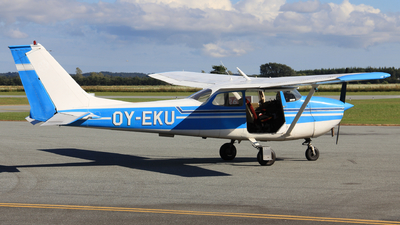 OY-EKU - Cessna 172H Skyhawk - Faldsk�rmsklubben Nordenfjords