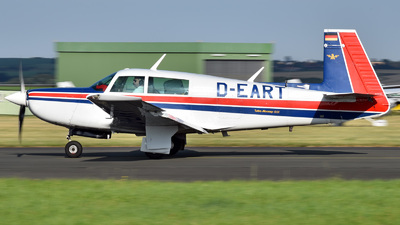 D-EART - Mooney M20K-231 - Private