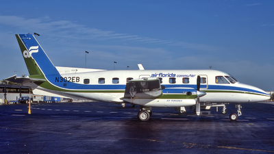 N302EB - Embraer EMB-110P1 Bandeirante - Air Florida Commuter