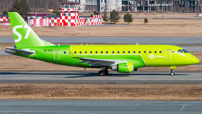 A picture of VQBYF - Embraer E170STD - S7 Airlines - © KomradAlexey