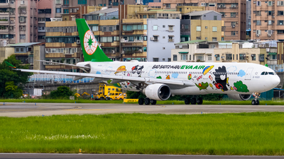A picture of B16331 - Airbus A330302 - EVA Air - © Chao Aviation