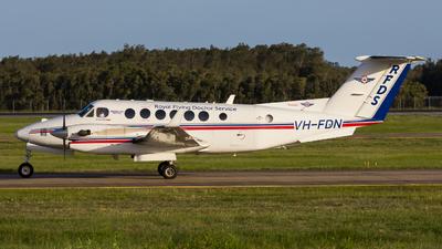 A picture of VHFDN - Beech B300 Super King Air 350C - [FM58] - © Randall Munro