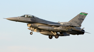 90-0704 - Lockheed Martin F-16CG Fighting Falcon - United States - US Air Force (USAF)