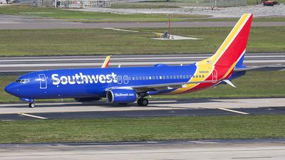 N8682B - Boeing 737-8H4 - Southwest Airlines