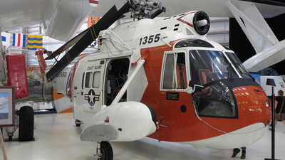 1355 - Sikorsky HH-52A Sea Guard - United States - US Coast Guard (USCG)