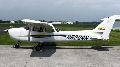A picture of N5204N - Cessna 172S Skyhawk SP - [172S9102] - © Lucian Ojog